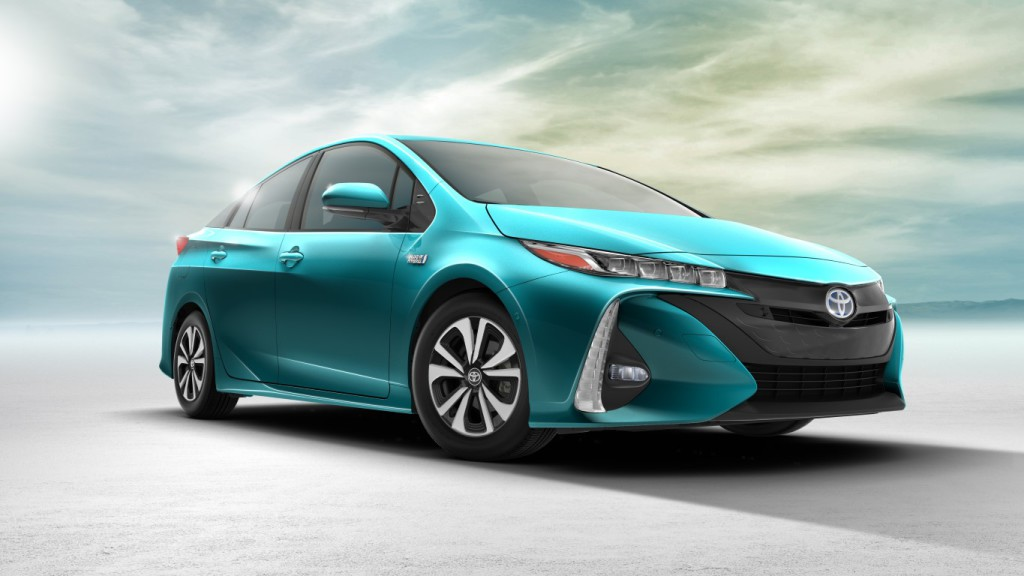 20-17 Toyota Prius Prime - Photo courtesy of Toyota Motor Sales USA