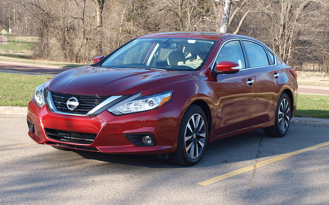2016 Nissan Altima SL - All Photos by Randy Stern